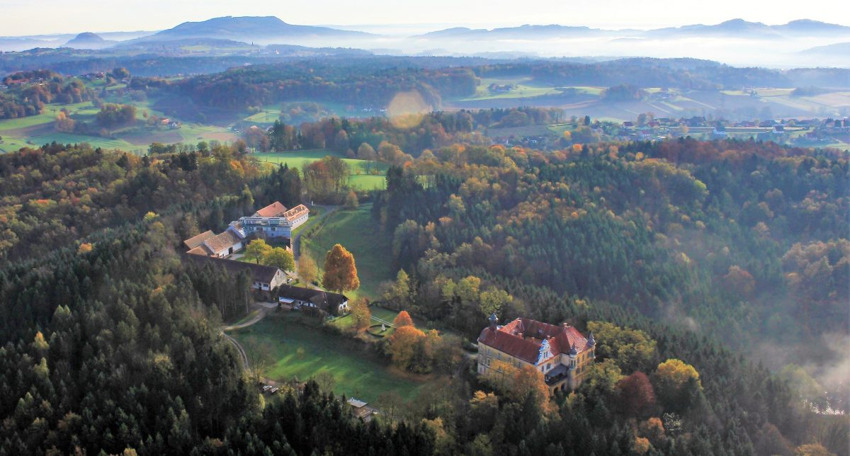 Ferien im Baudenkmal Gut Hornegg Südsteiermark Ferienhaus Urlaub Weingegend Weststeiermark